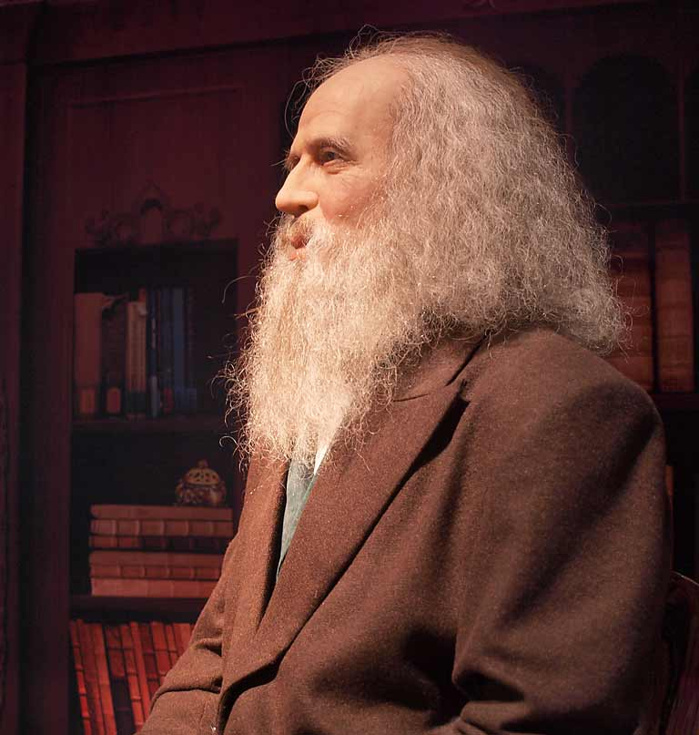 17 Dmitri Mendeleev Facts – The Father of Periodic Table